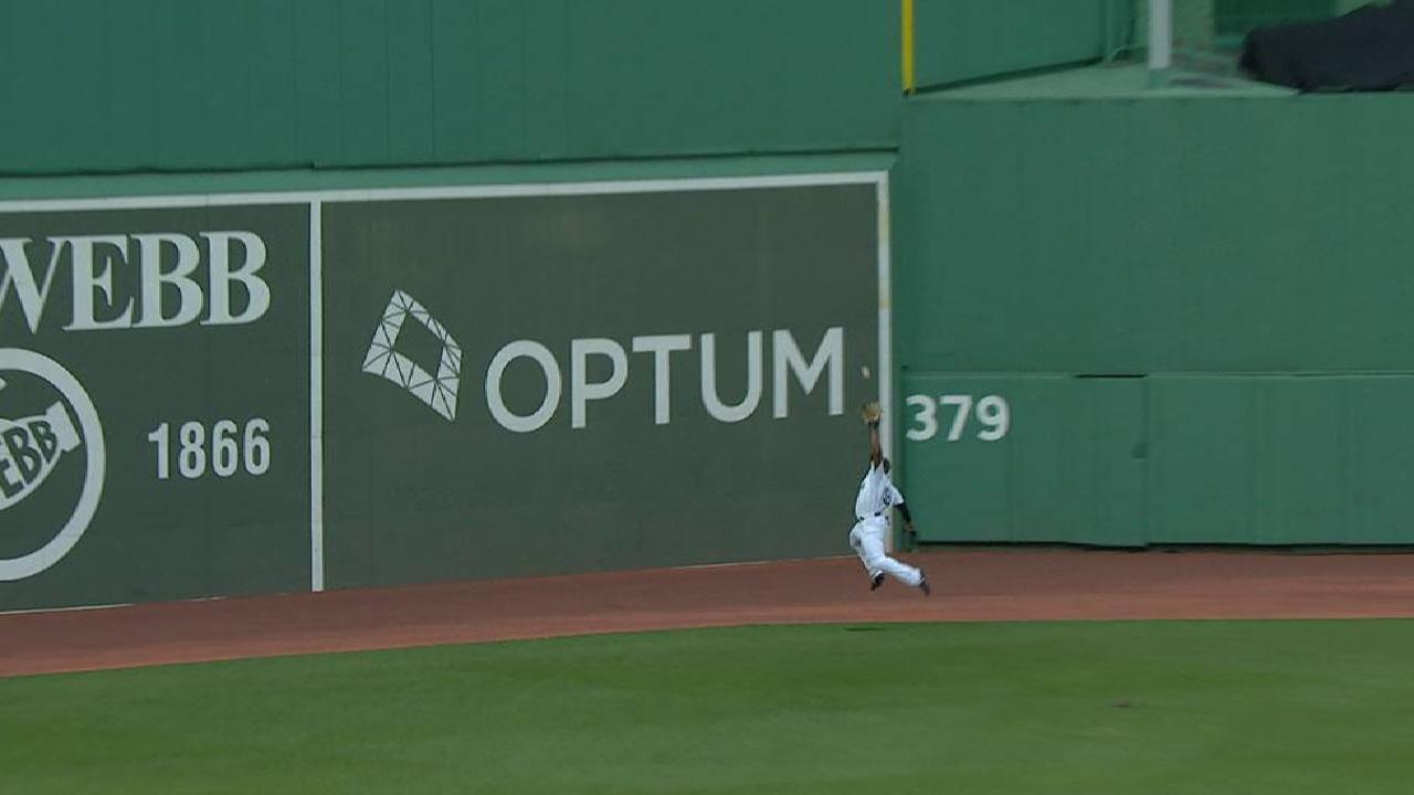 Bradley Jr.'s game-ending grab