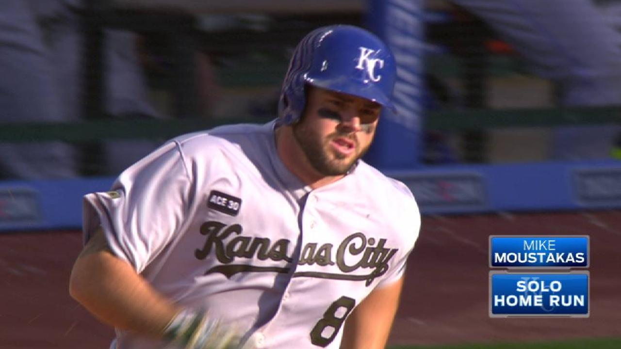 Moustakas' solo home run