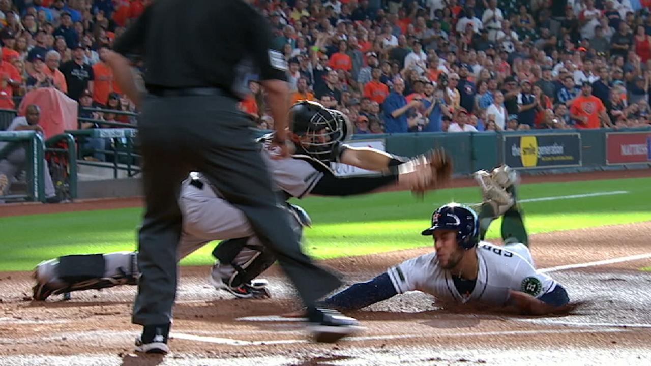 Astros' stars, Correa's circus catch clip O's