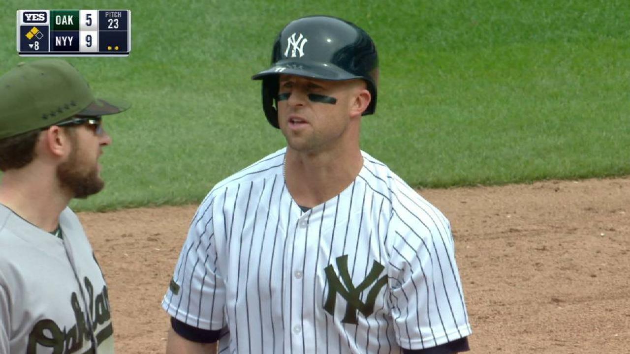 Gardner's two-run double