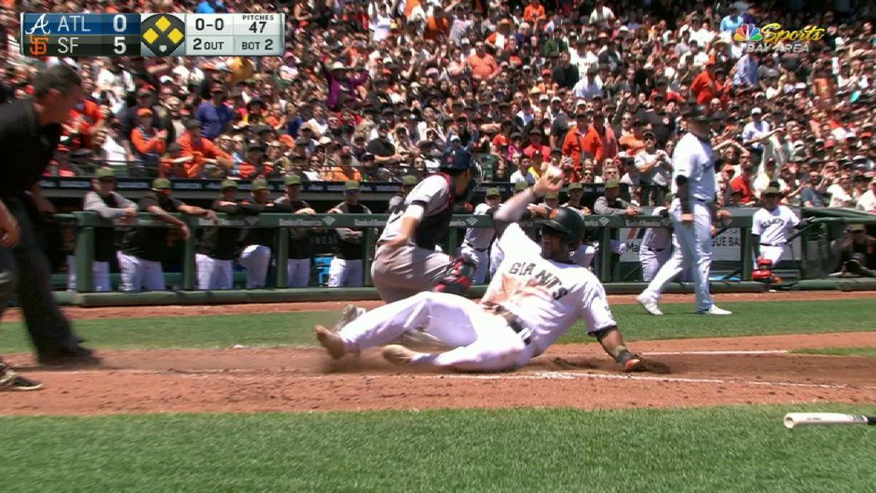 Giants win after early outburst vs. Dickey