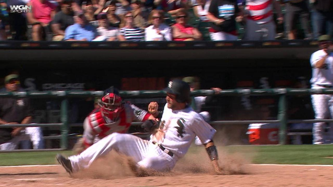 Late rally gives White Sox edge over Red Sox