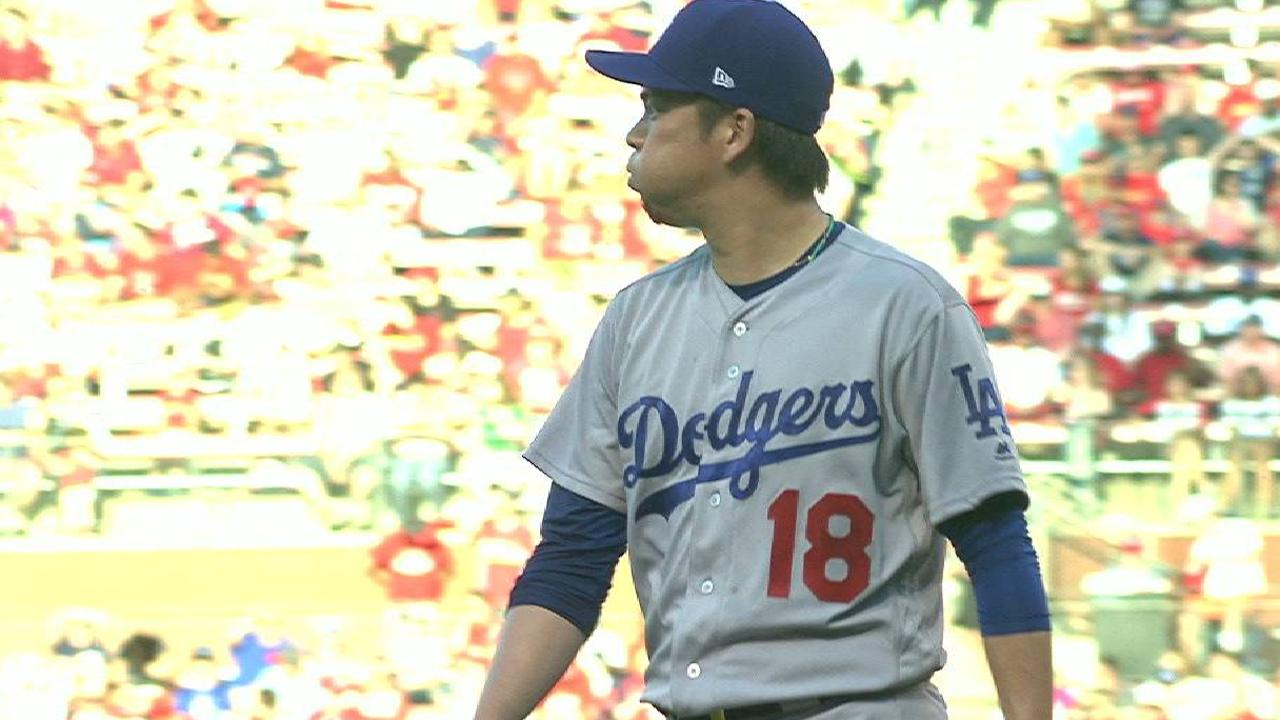 Maeda escapes a jam in the 2nd
