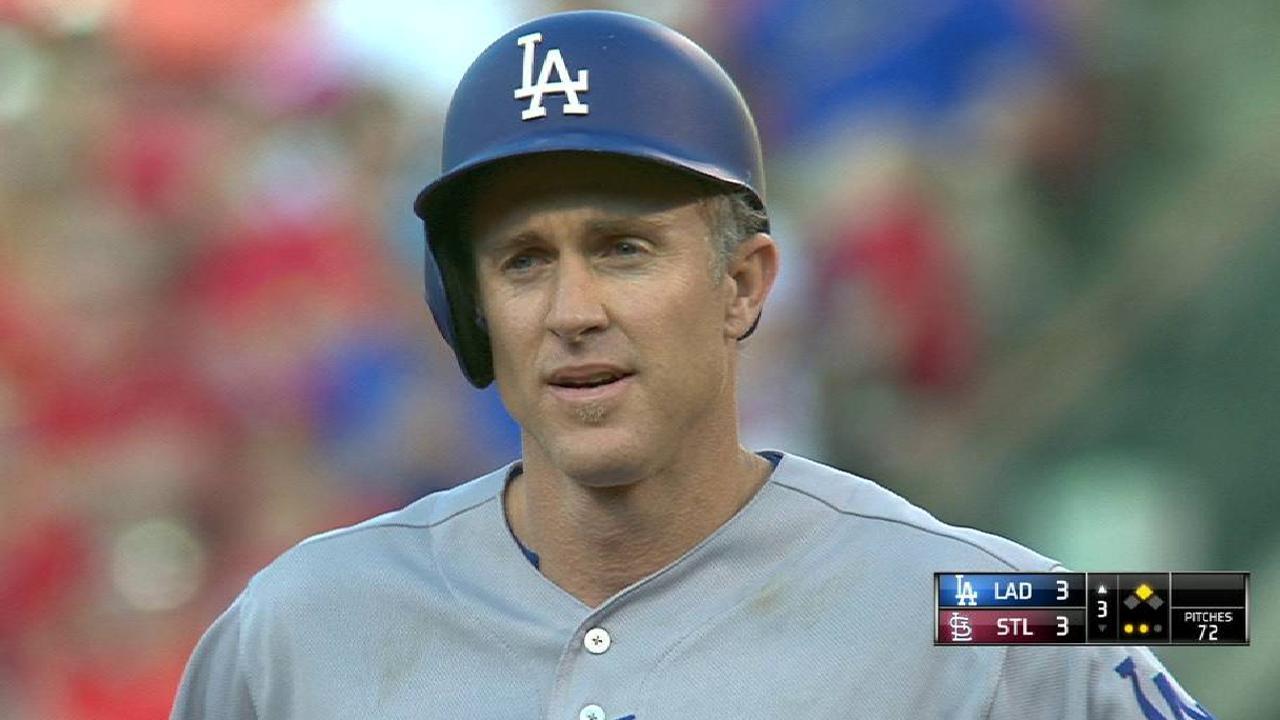 Utley's hot bat mirrors Dodgers' surge