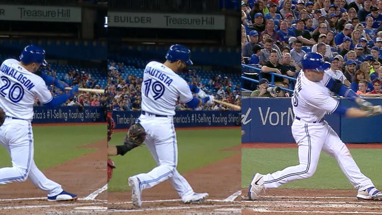 Blue Jays hit three HRs in 4th