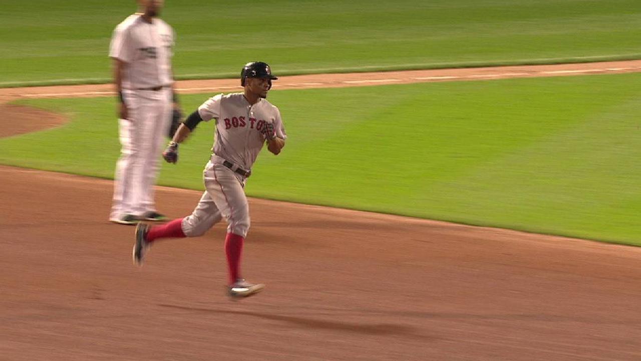 Bogaerts' solo home run