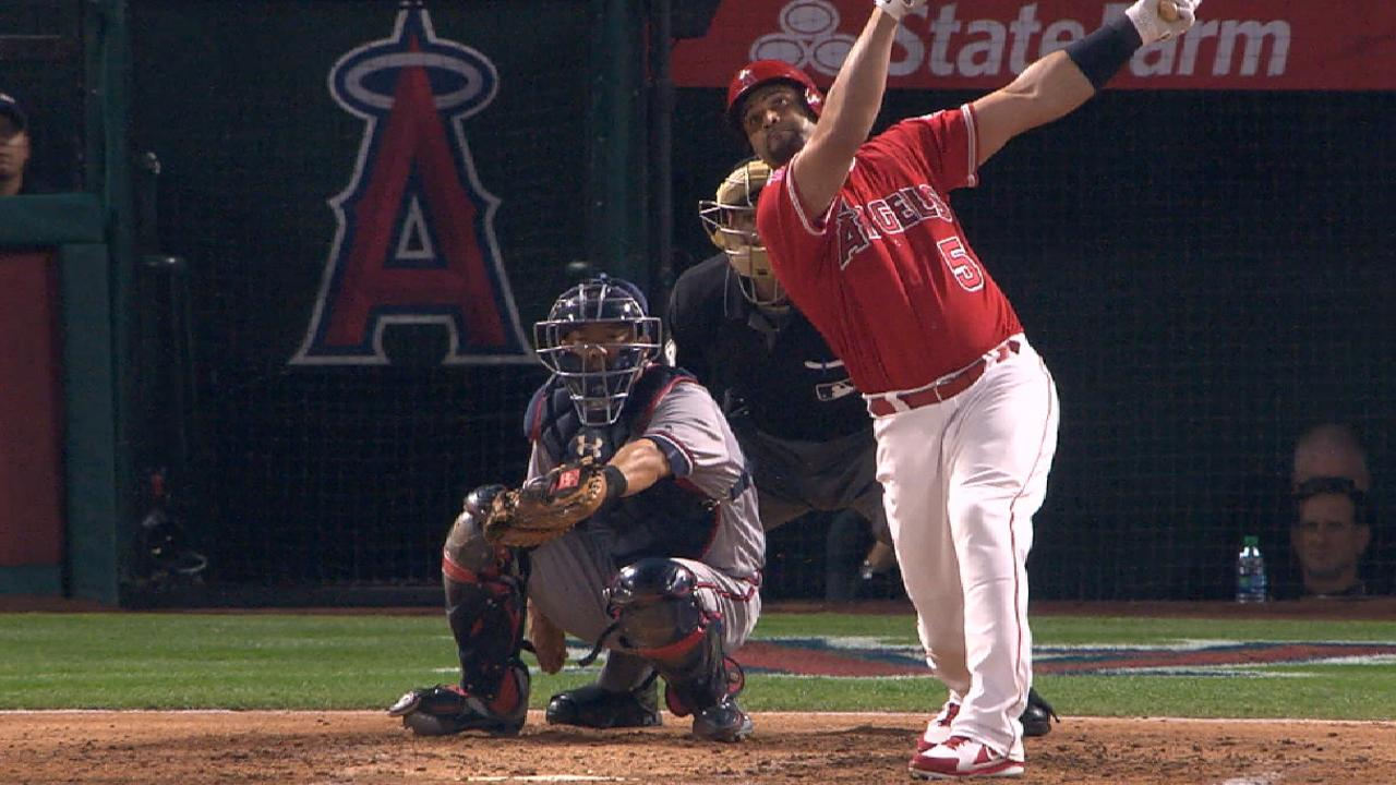 Pujols passes Babe Ruth in hits