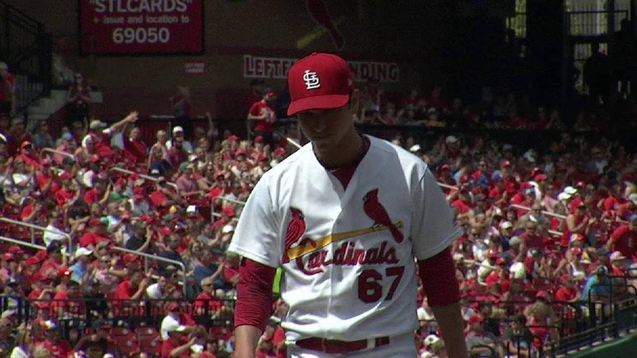 Cardinals turn a 4-6-3 DP