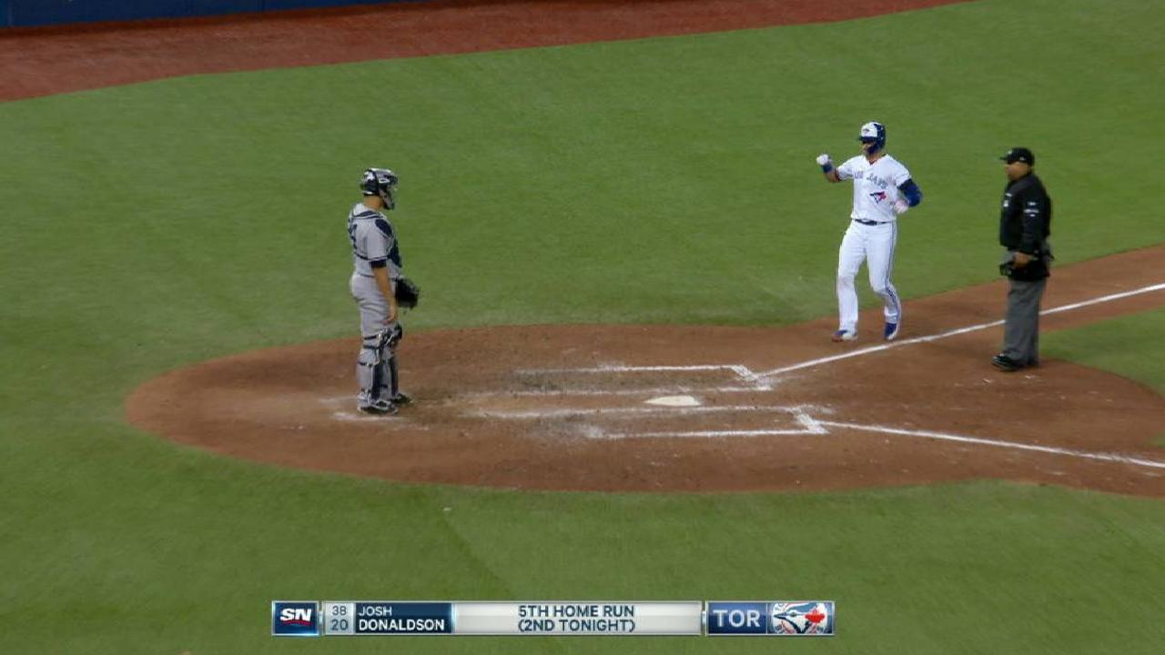 Donaldson y Liriano guían victoria de Azulejos sobre Yankees