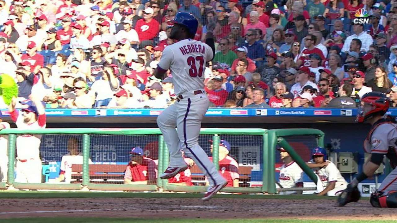 Herrera's big hit helps Phillies reward Lively