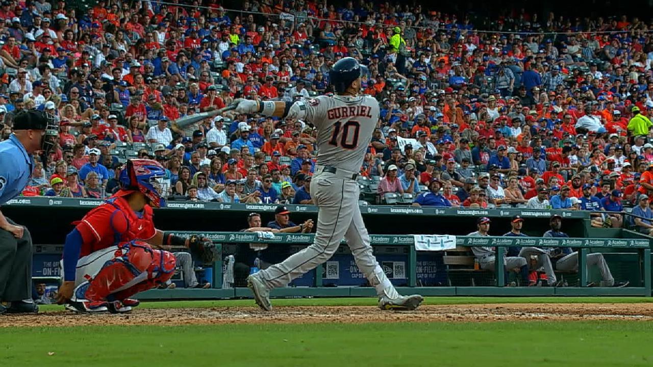 Los Astros ganan su décimo juego en fila hundiendo más a los Rangers