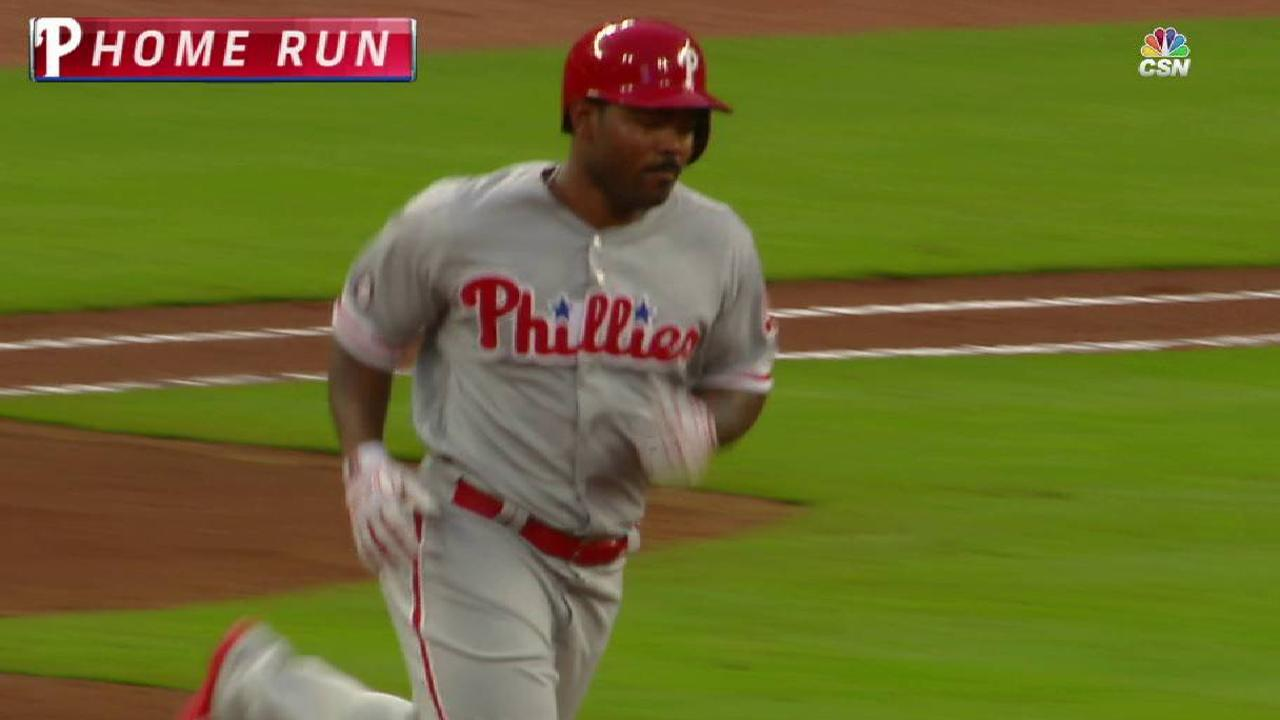 Behind Nola, Phils stretch win streak to 4