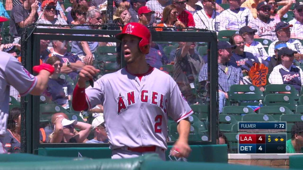 Pujols ties Ott on sac fly