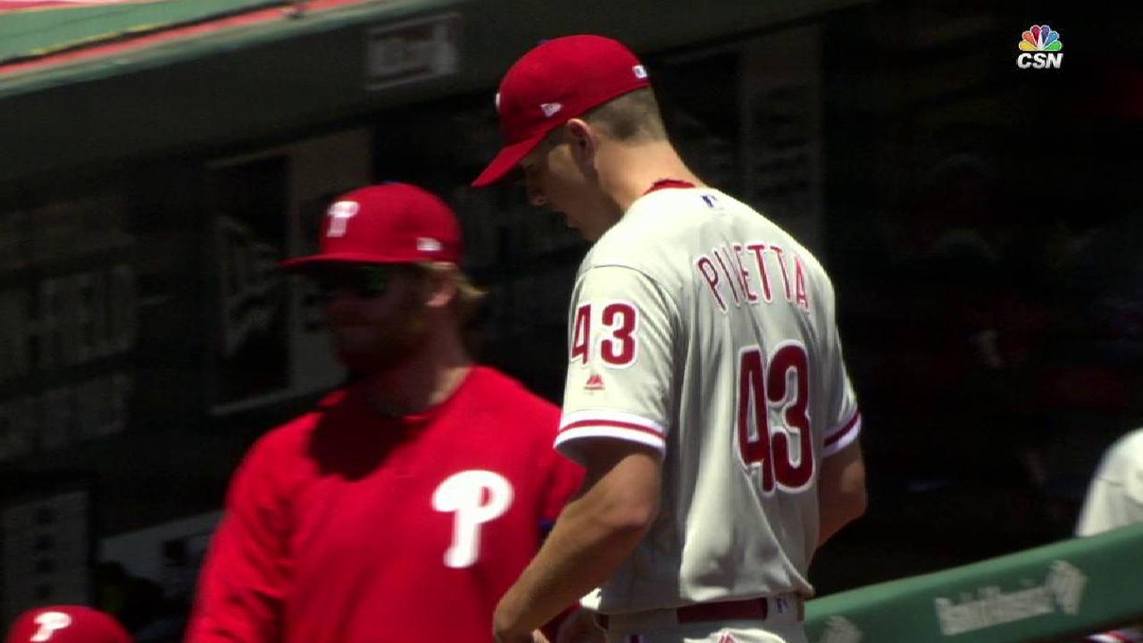 Phils muster just 4 hits in loss to Cards