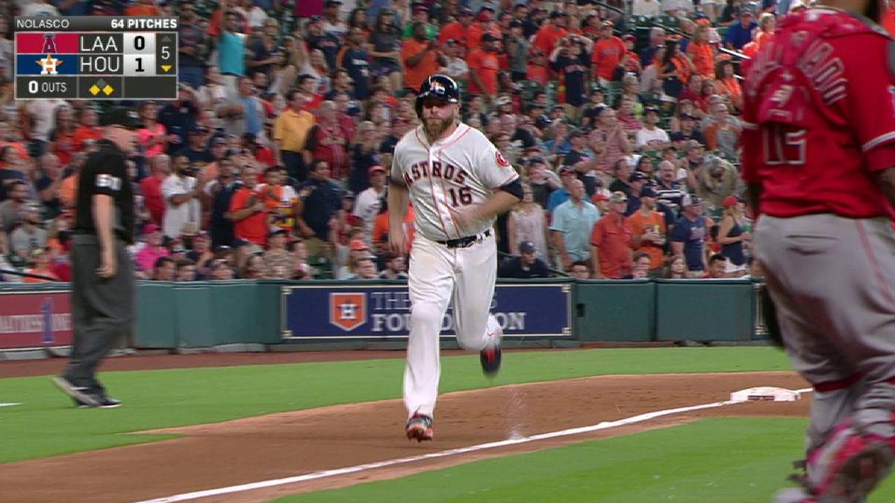 Gurriel empuja carrera en victoria de Astros