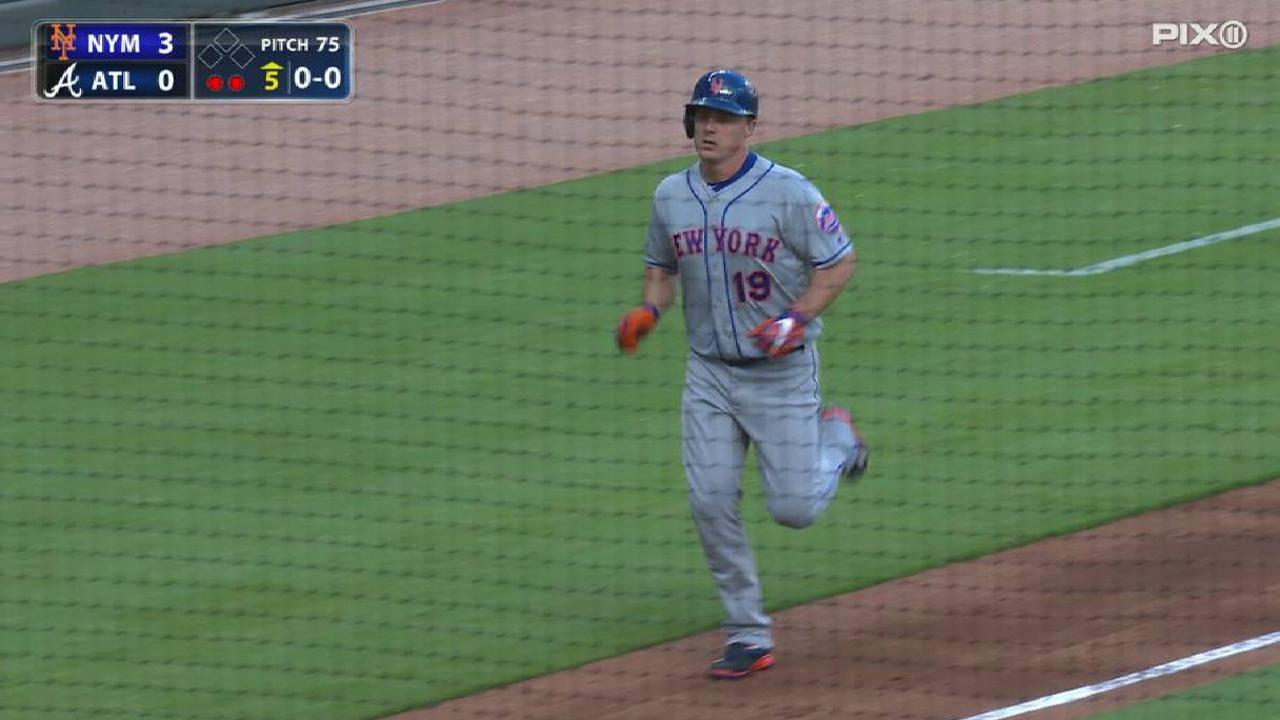 Bruce's three-run homer