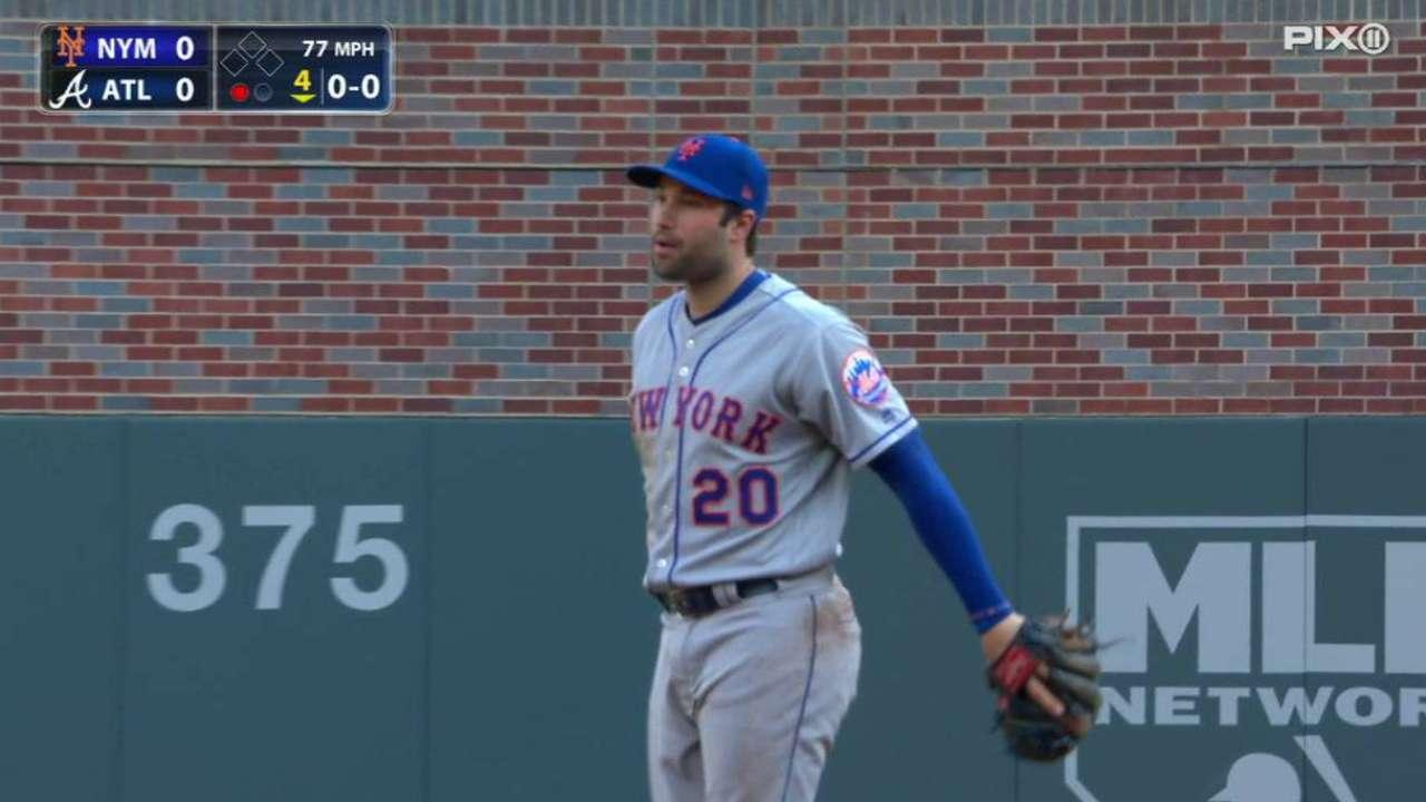Walker's reaching catch