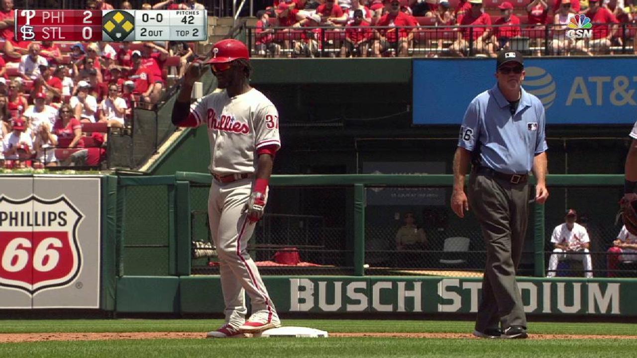 Nola battles, but Phillies fall short vs. Cards