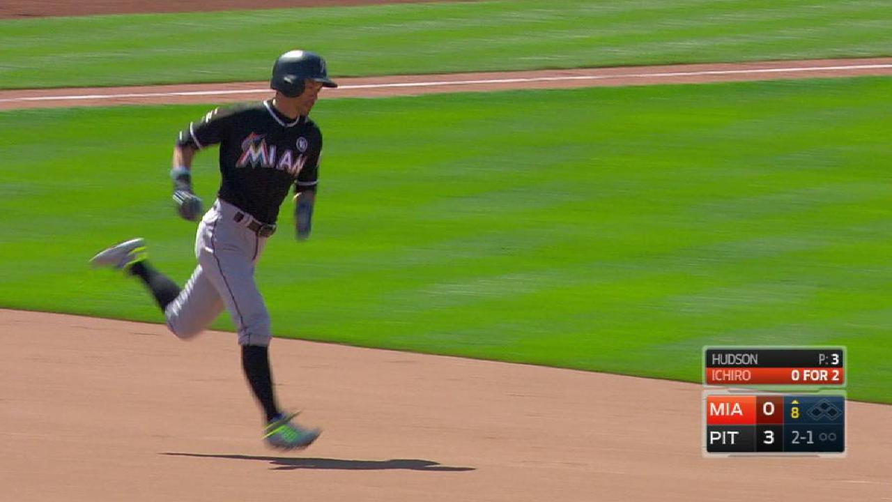 Ichiro gets rare start, supplies missing power