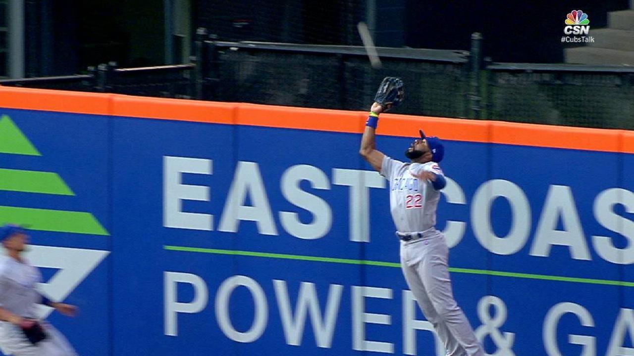 Heyward's leaping grab