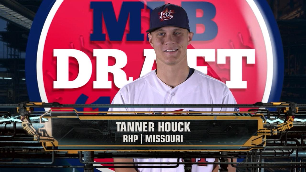 Red Sox draft RHP Houck No. 24