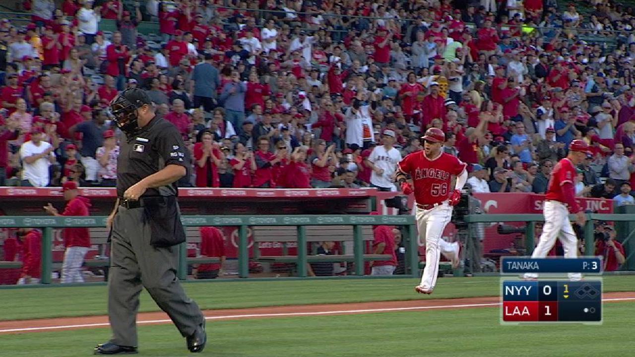 Calhoun's solo home run