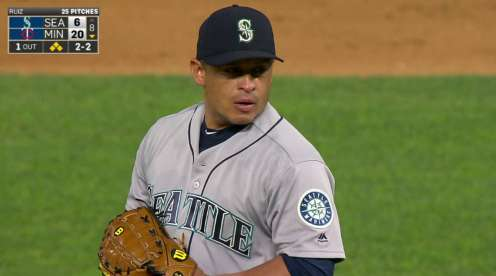 Mariners go deep early, hold off Twins 6-4