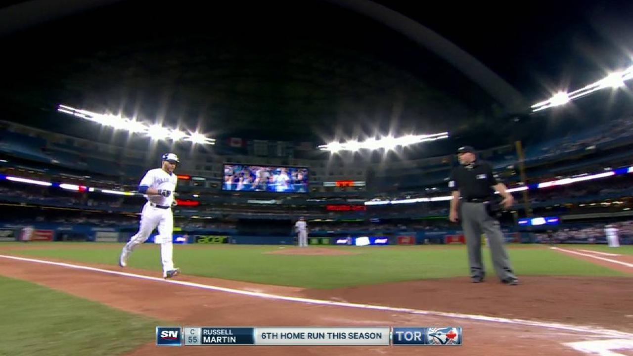 Martin's go-ahead solo home run