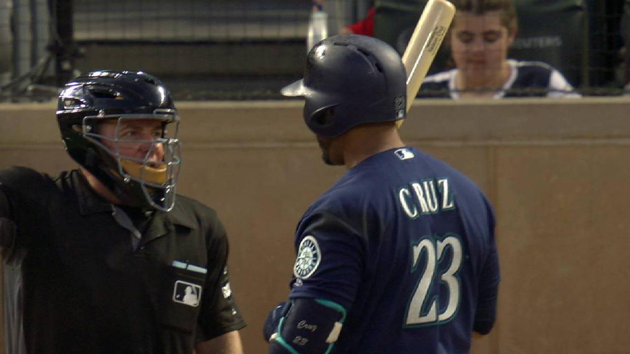Cruz wants to hit after HBP