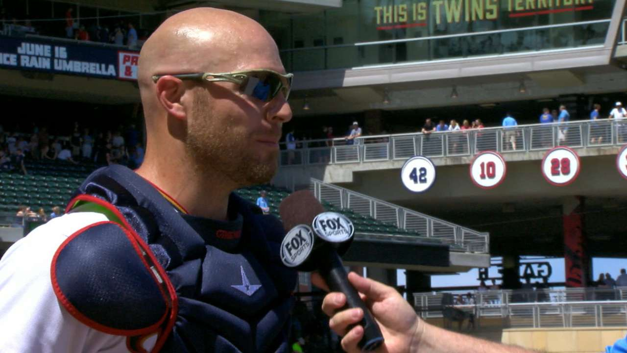 Gimenez on two-homer day