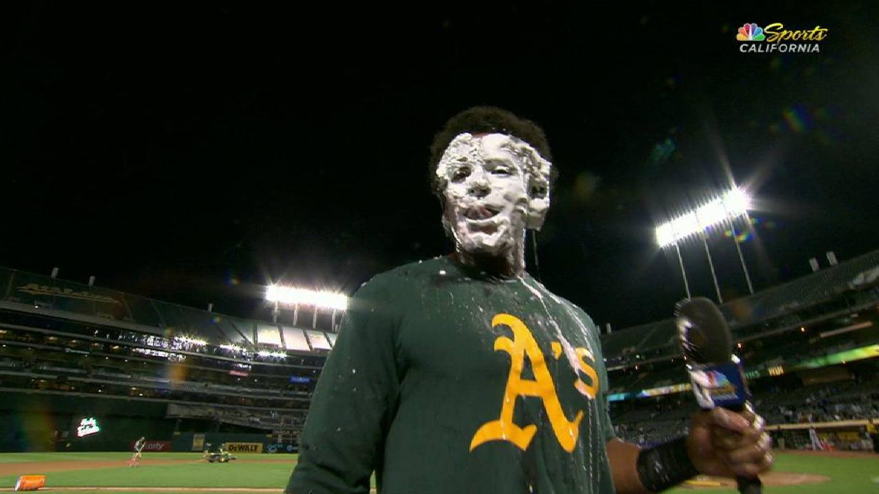 Davis doused, pied talking win