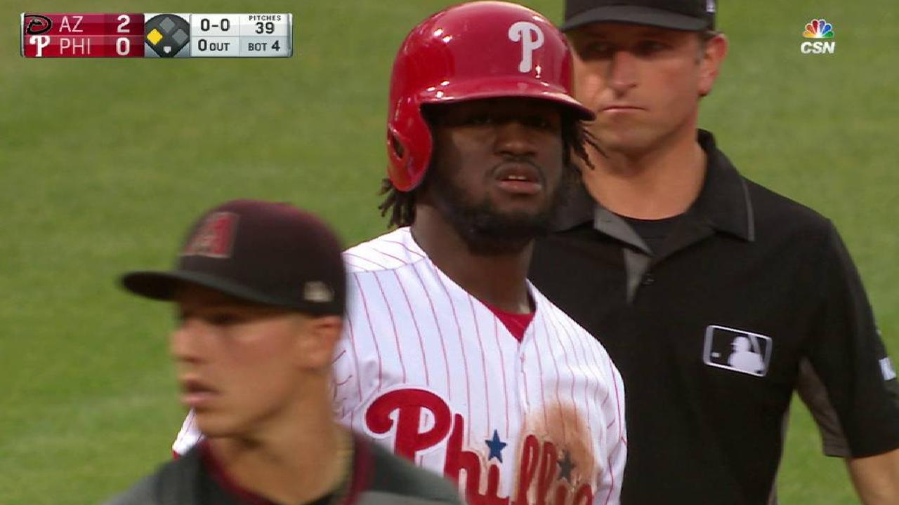 Rough 7th inning costs Phillies in loss