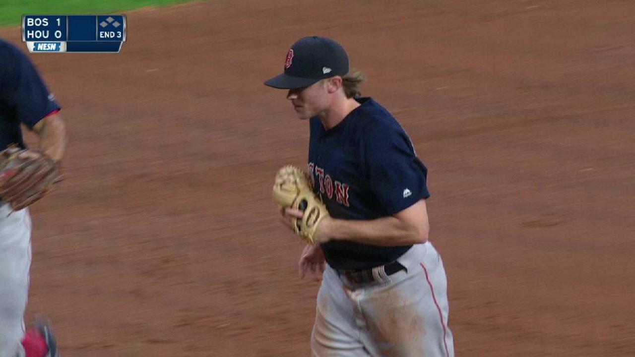 Rutledge draws praise for play at third base