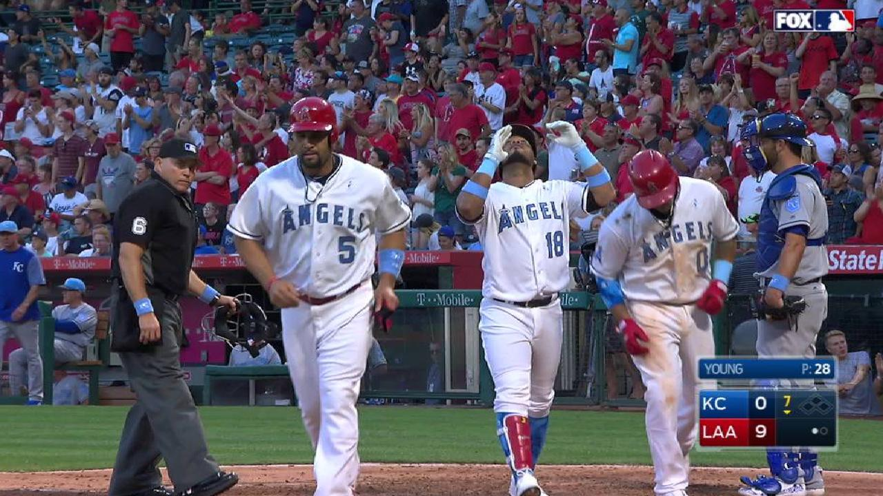 Valbuena's three-run home run