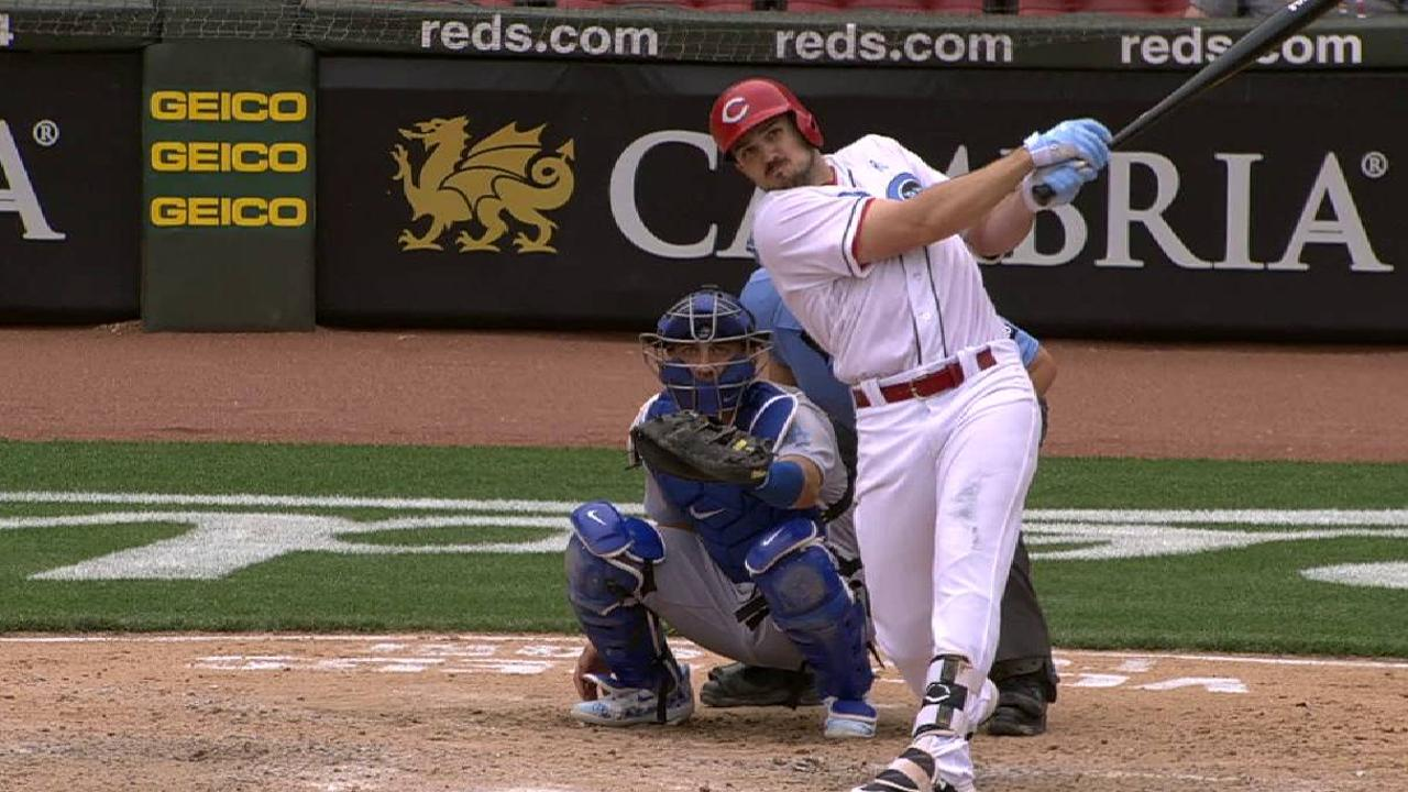 Trio of HRs not enough as Reds fall short