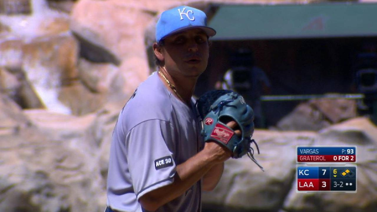 Vargas earns MLB-best 10th victory