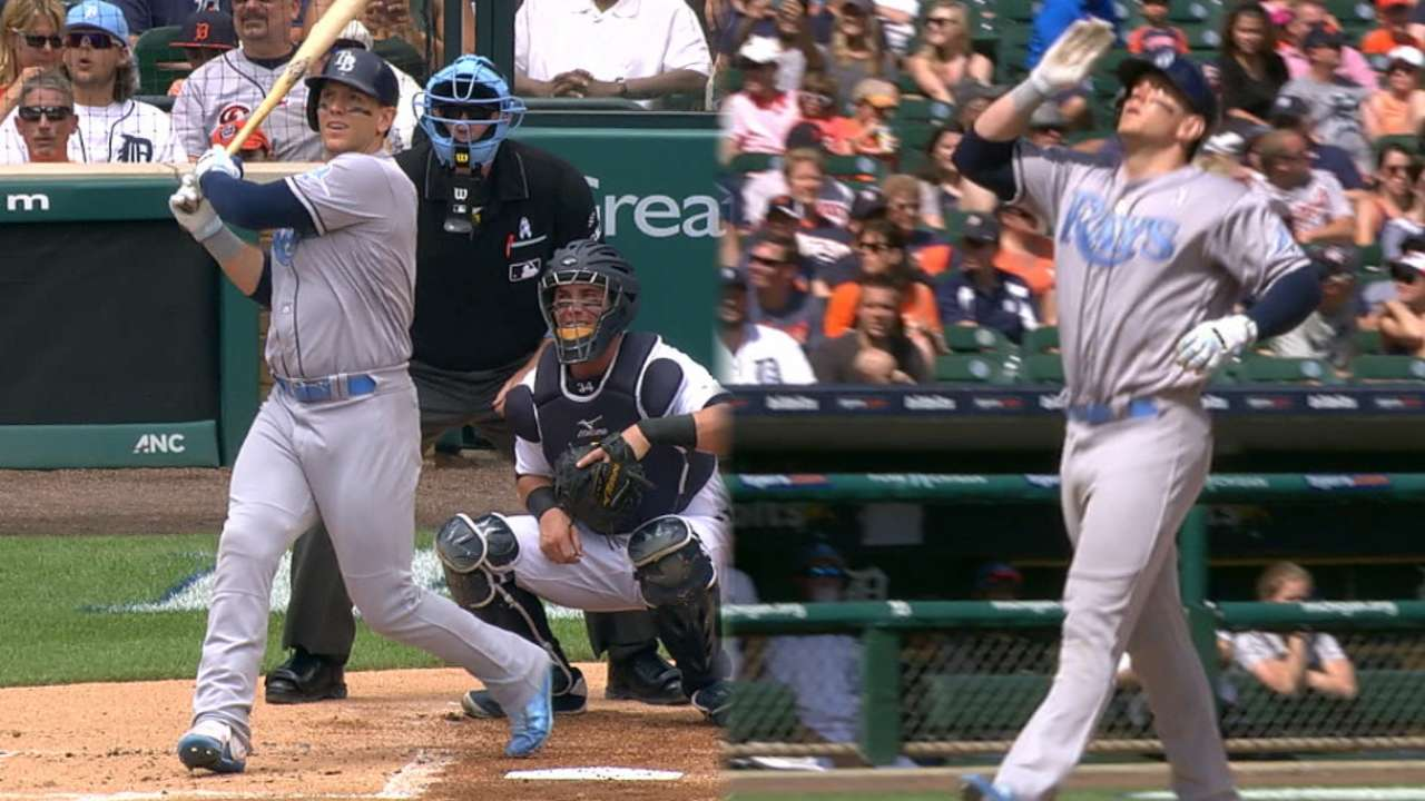 LoMo honors dad with #ASGWorthy day