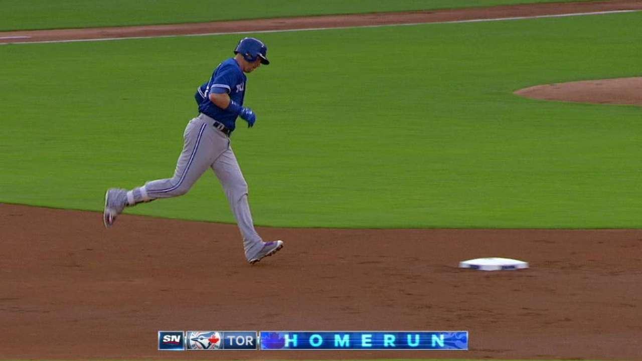 Smoak's 20th home run
