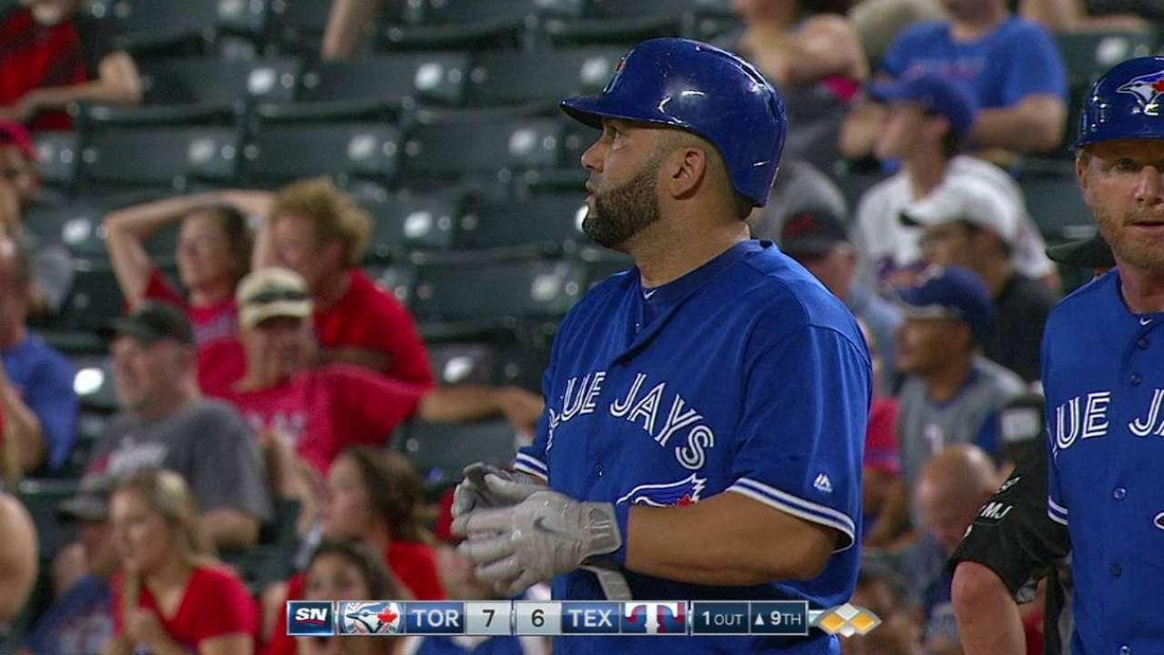 Kendrys Morales y los Azulejos sorprenden a los Rangers en la 9na
