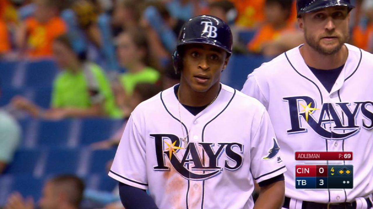 Smith aporta al bate y en defensa en triunfo de Rays