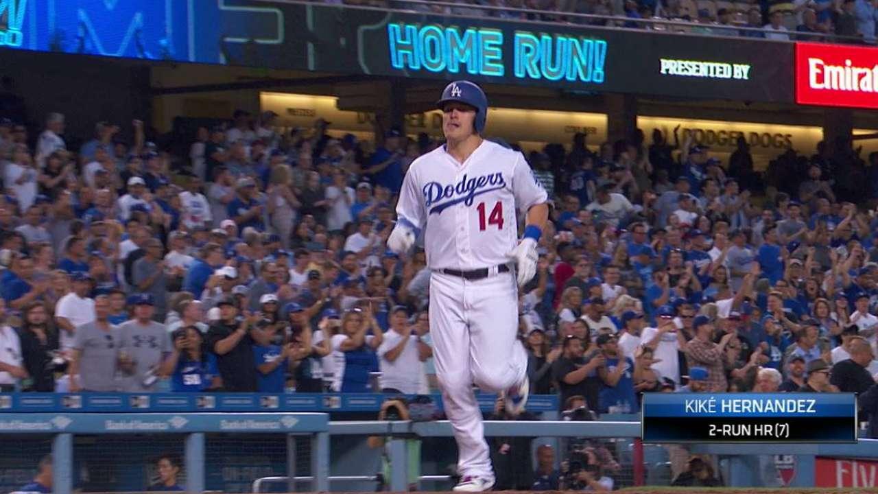 Hernandez's two-run blast