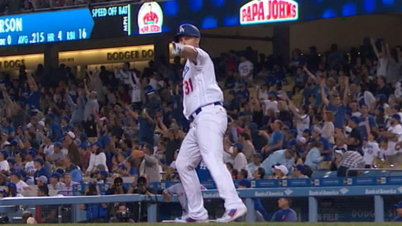 Pederson's go-ahead solo homer