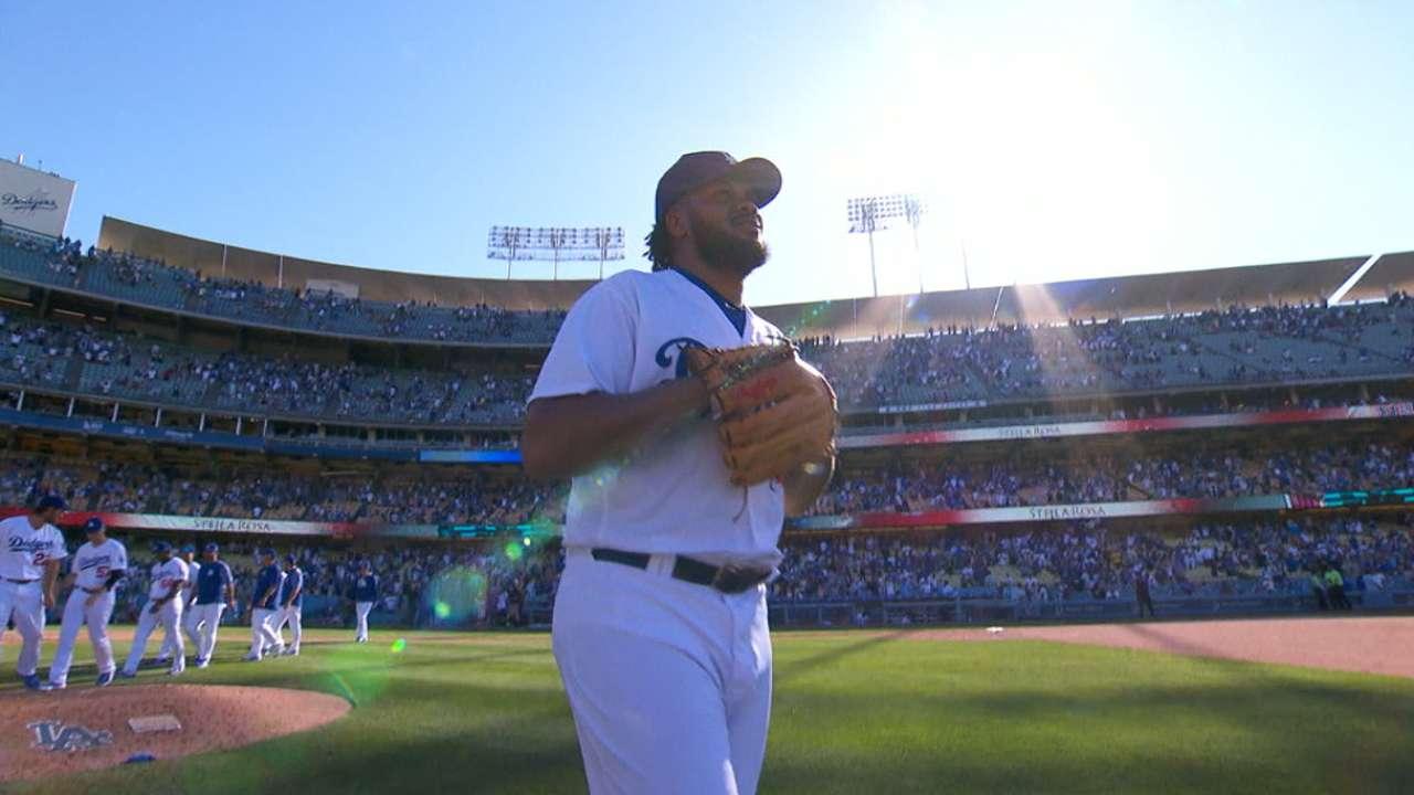 Dodgers' bullpen dominates