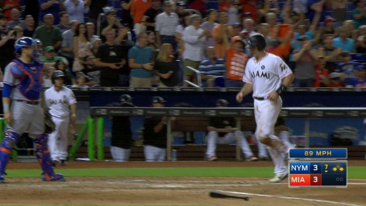 Hit de Ichiro clave en triunfo de Marlins sobre Mets