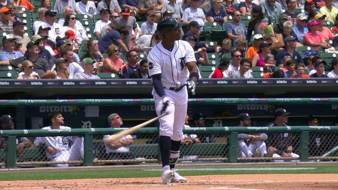 Upton's three-run homer