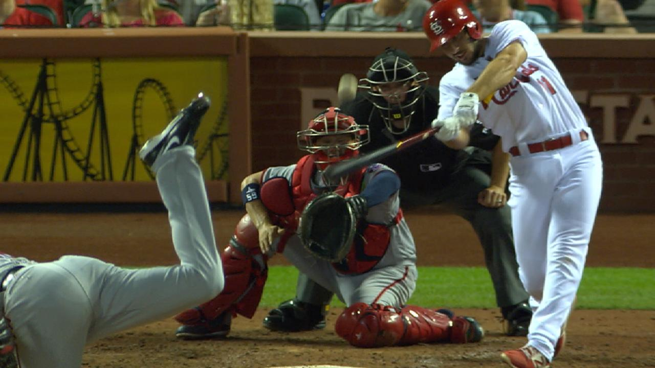 Cards' bats turn it up in 4th
