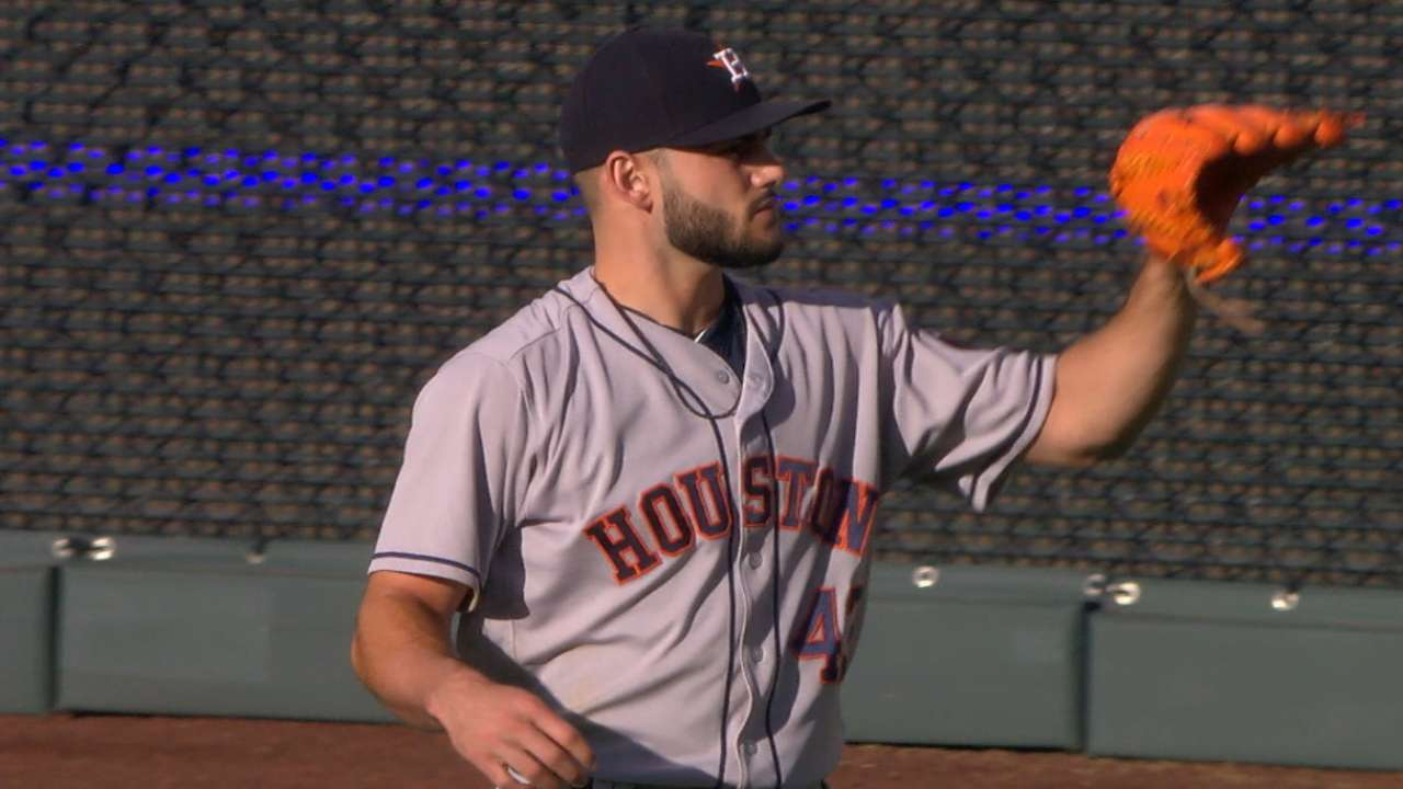 McCullers takes no-no into 7th