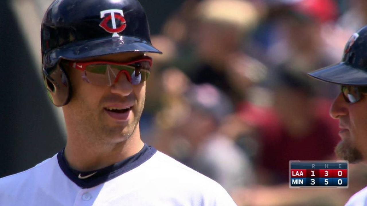 Mauer on track to come off DL on Saturday