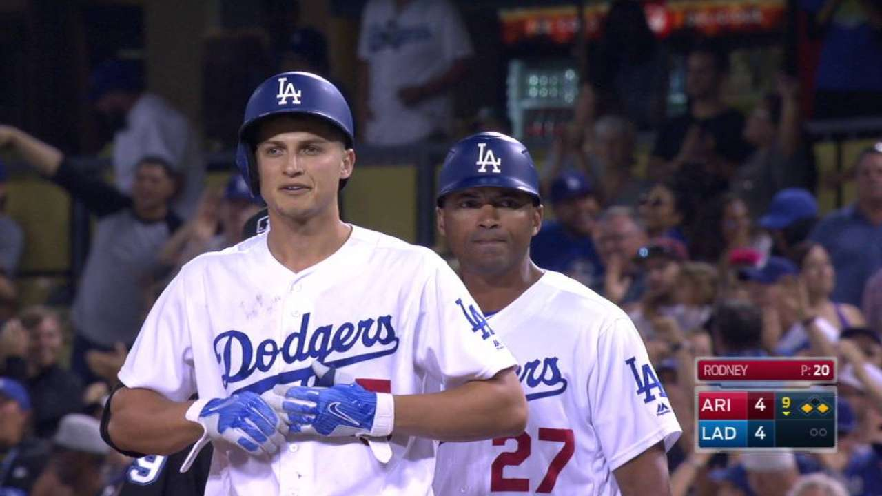 Seager's game-tying single