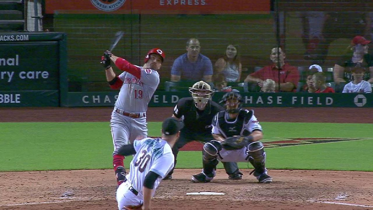 Late homers from Votto, Schebler not enough